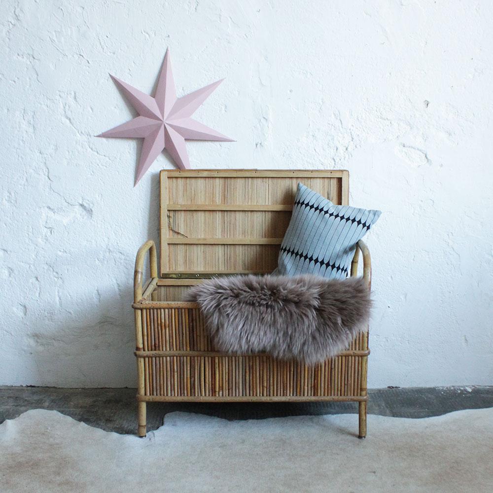 banc coffre rotin vintage enfant f289 c atelier du petit parc. Black Bedroom Furniture Sets. Home Design Ideas