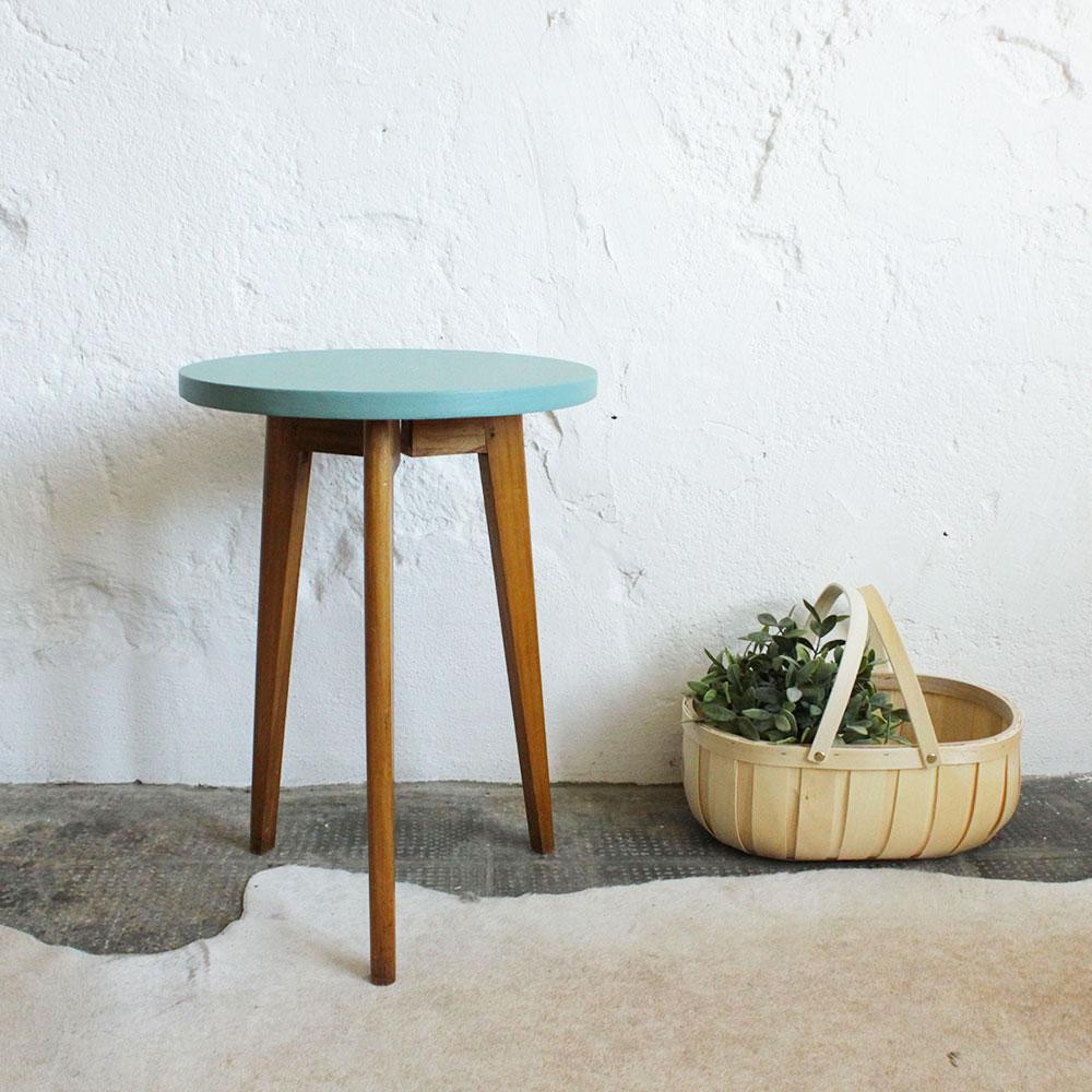 table tripode vintage atelier du petit parc. Black Bedroom Furniture Sets. Home Design Ideas