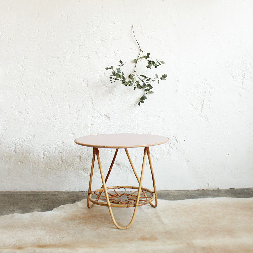 Table-rotin-vintage-rose-F244_a