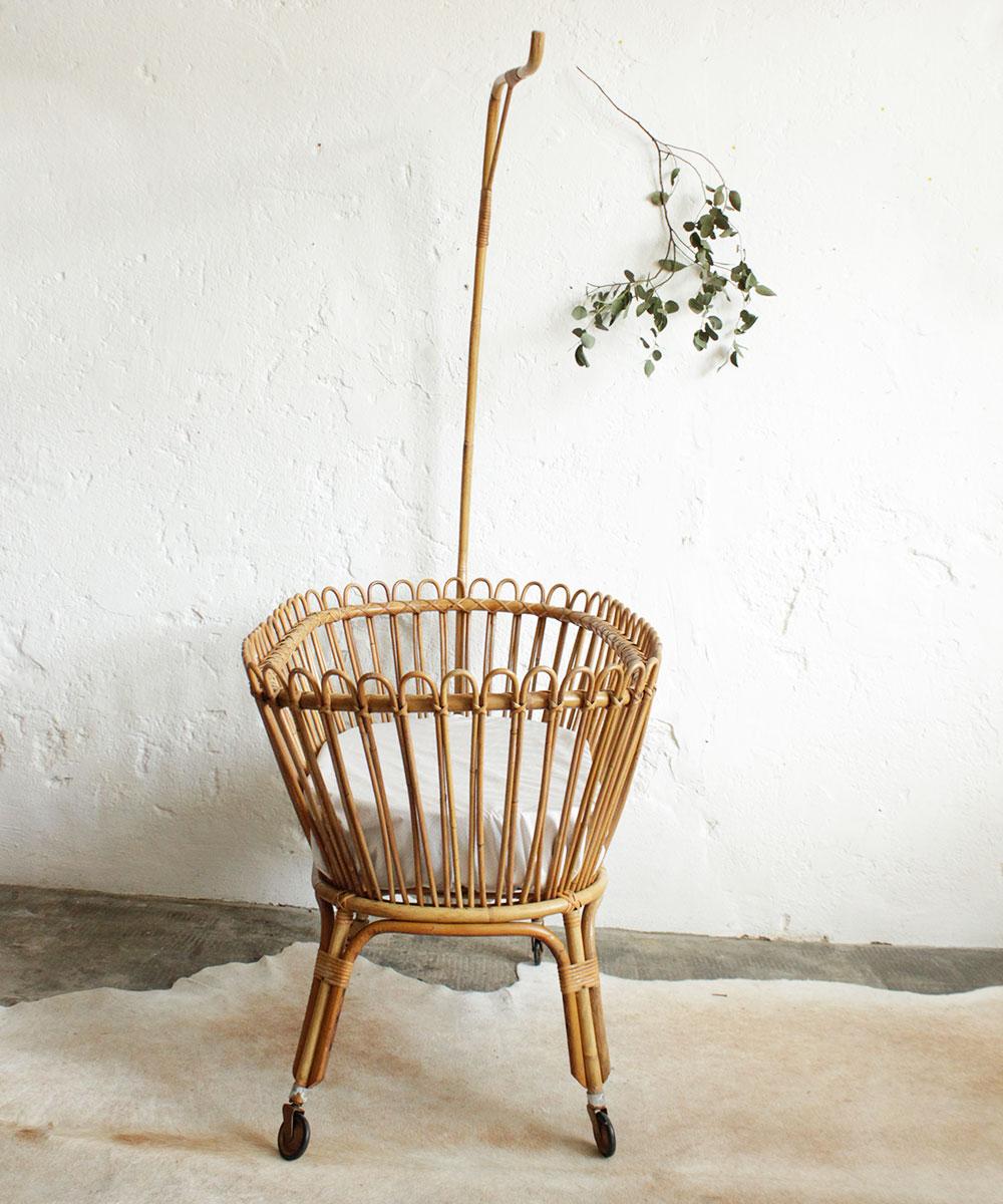 berceau rotin vintage f336 c atelier du petit parc. Black Bedroom Furniture Sets. Home Design Ideas