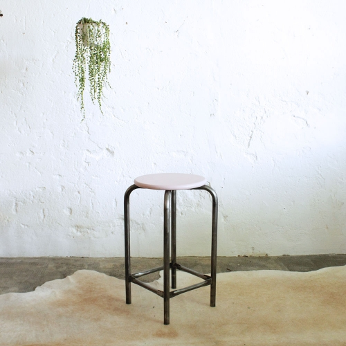 Tabouret-atelier-vintage-rose-D470_b
