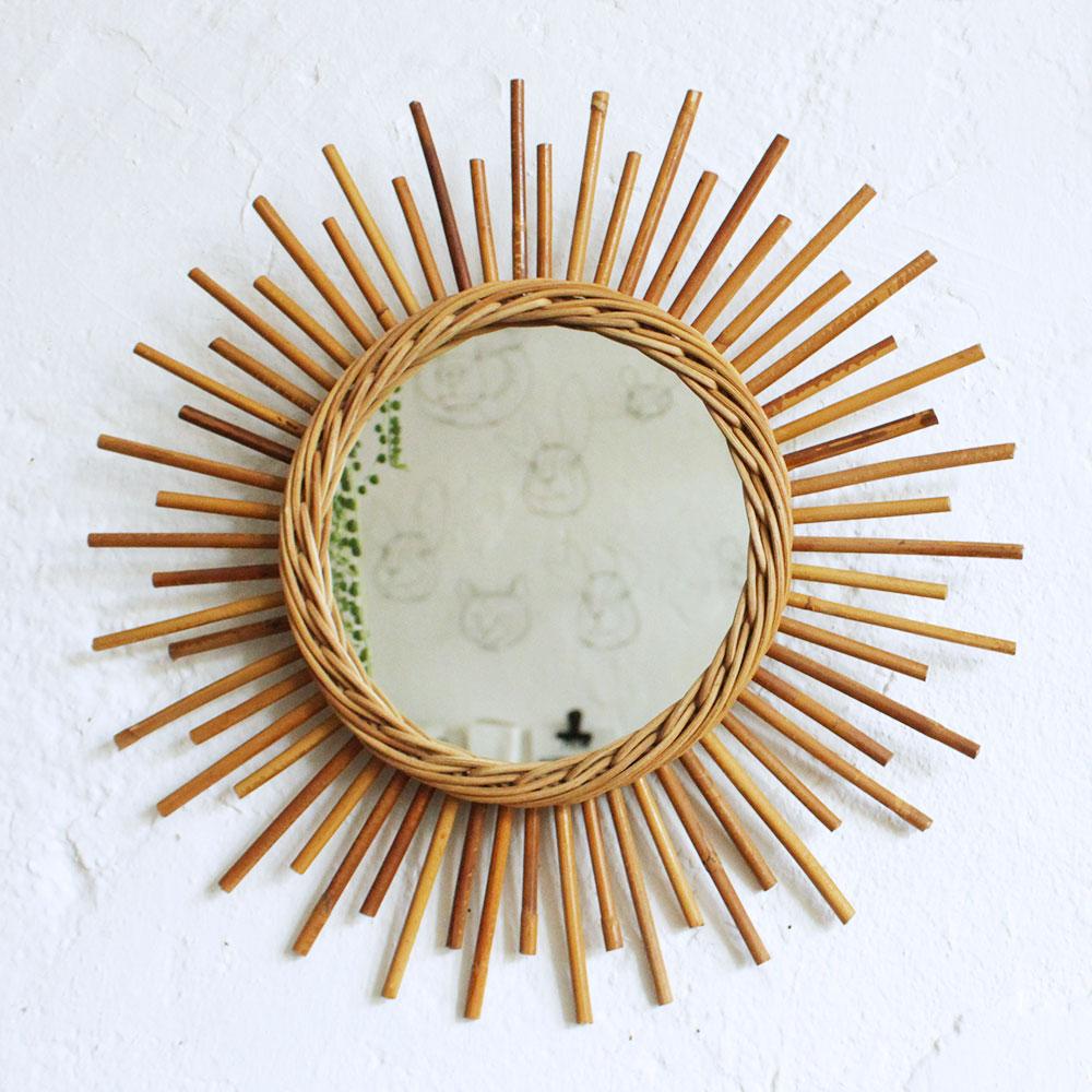 miroir rotin vintage forme soleil atelier du petit parc. Black Bedroom Furniture Sets. Home Design Ideas