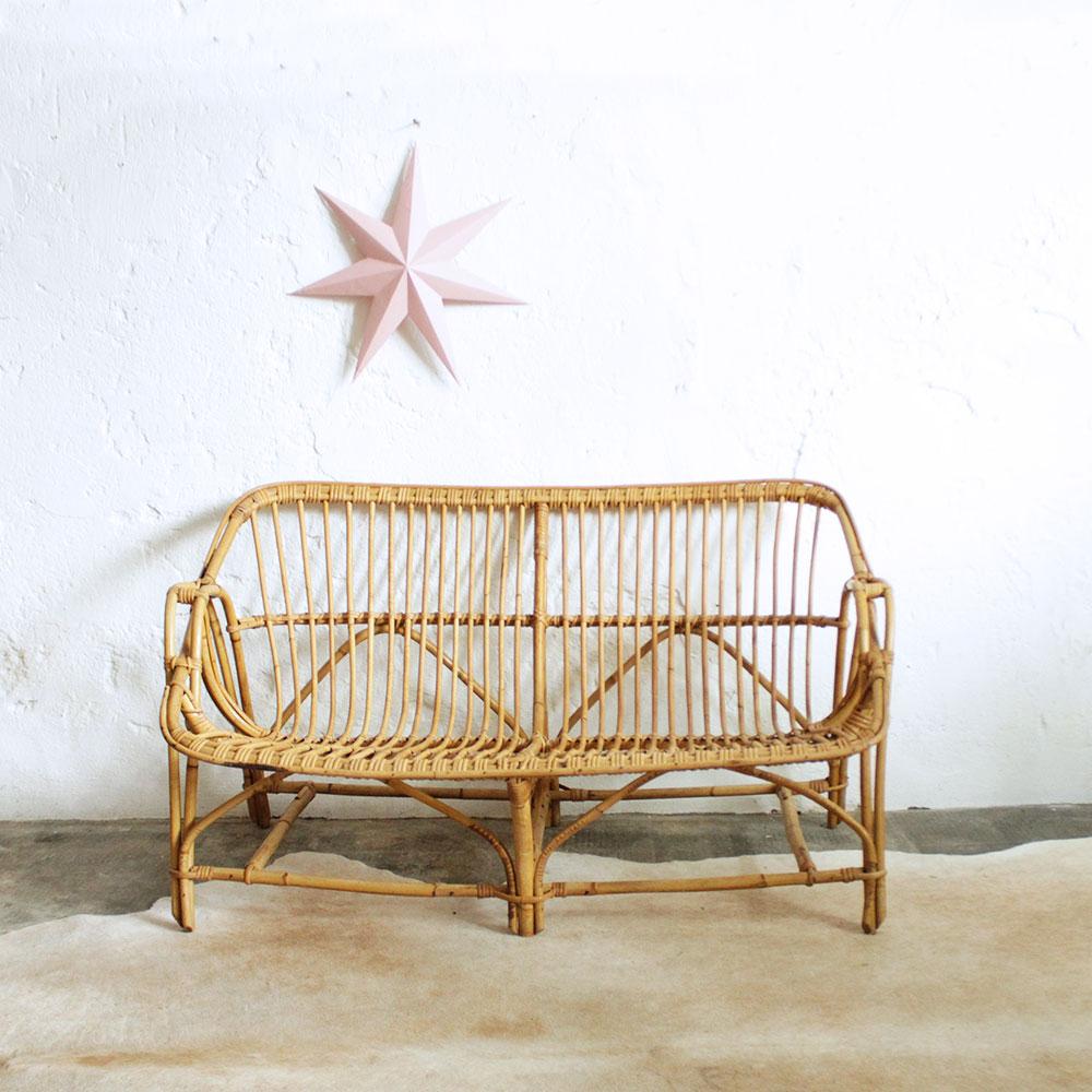 banquette en rotin vintage atelier du petit parc. Black Bedroom Furniture Sets. Home Design Ideas