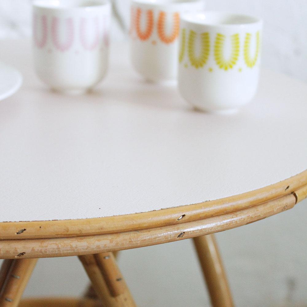 Table basse rotin tripode vintage | Atelier du petit parc