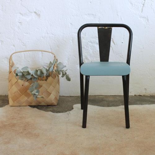 petite chaise style tolix atelier du petit parc. Black Bedroom Furniture Sets. Home Design Ideas