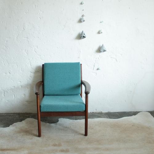 Vintage-fauteuil-teck-scandinave-F708_a