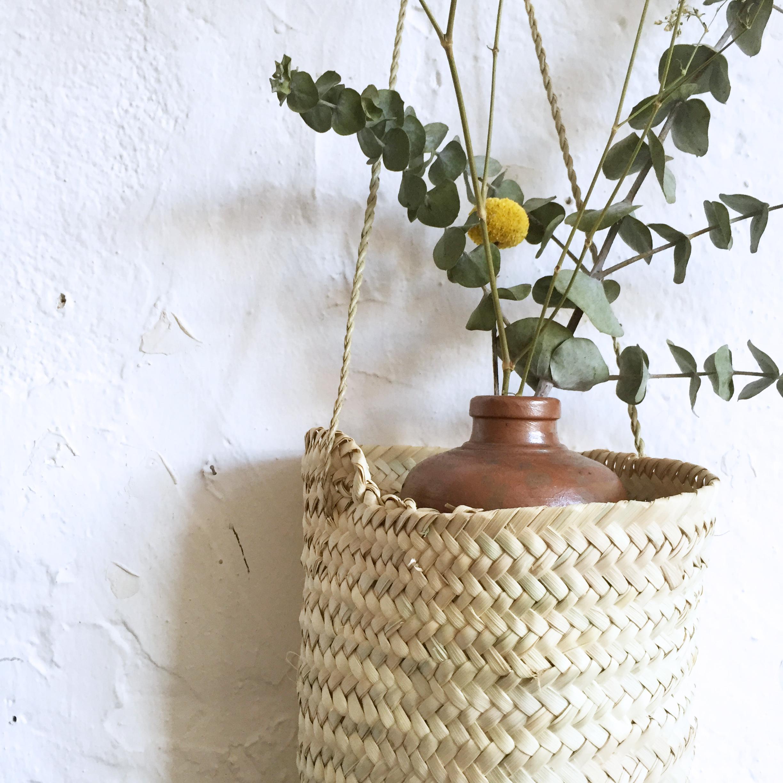 panier en palmier suspendre atelier du petit parc. Black Bedroom Furniture Sets. Home Design Ideas