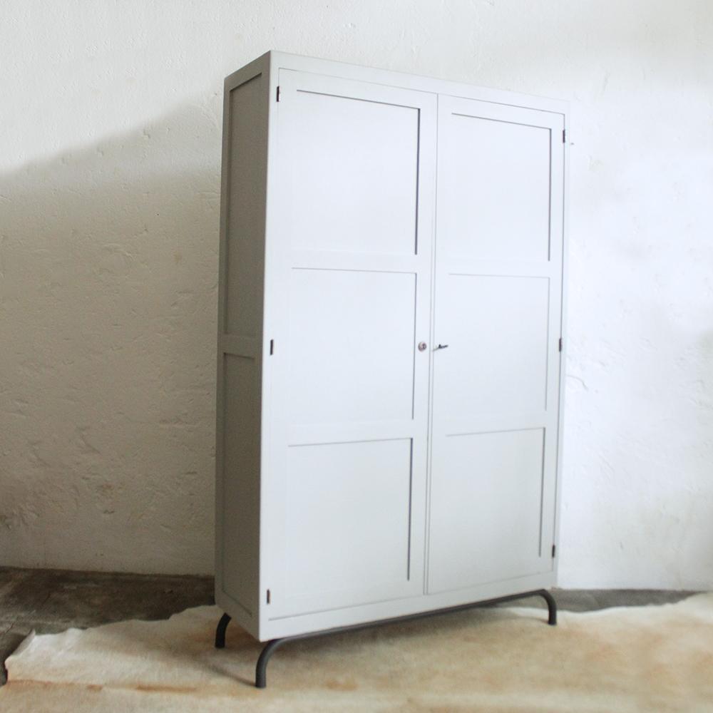 armoire cole internat vintage atelier du petit parc. Black Bedroom Furniture Sets. Home Design Ideas
