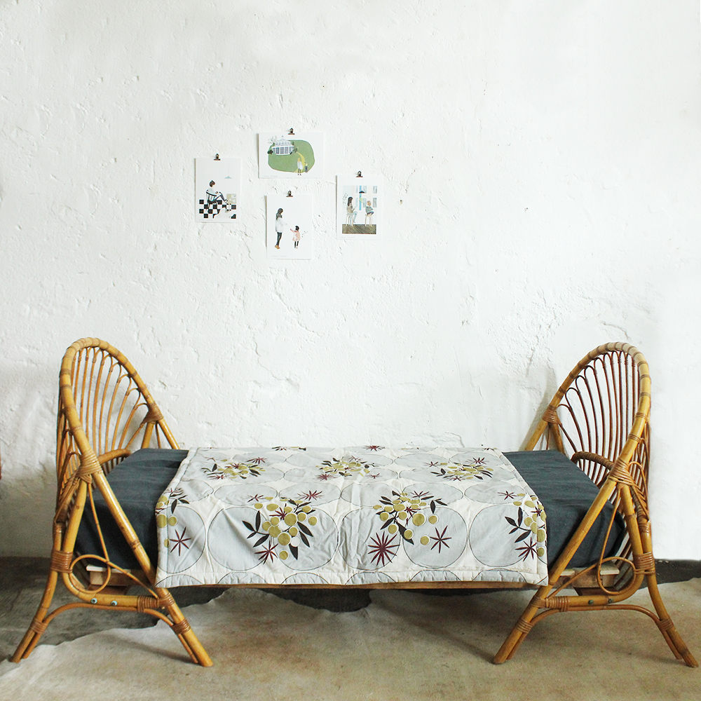 lit vintage rotin daybed enfant atelier du petit parc. Black Bedroom Furniture Sets. Home Design Ideas