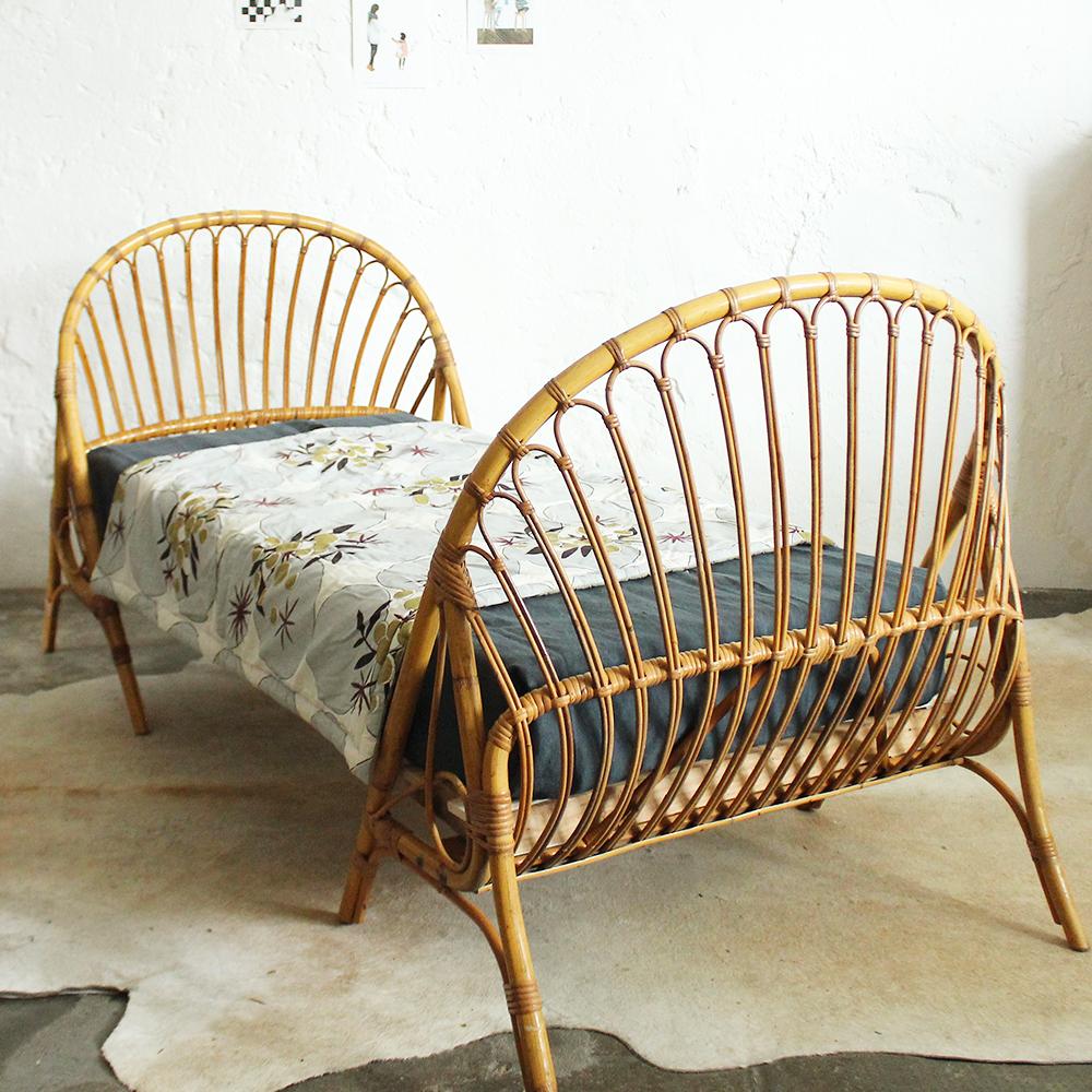 lit vintage rotin daybed enfant atelier du petit parc. Black Bedroom Furniture Sets. Home Design Ideas