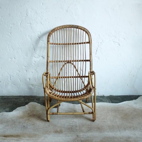 fauteuil-rotin-vintage-accoudoirs-d390_a