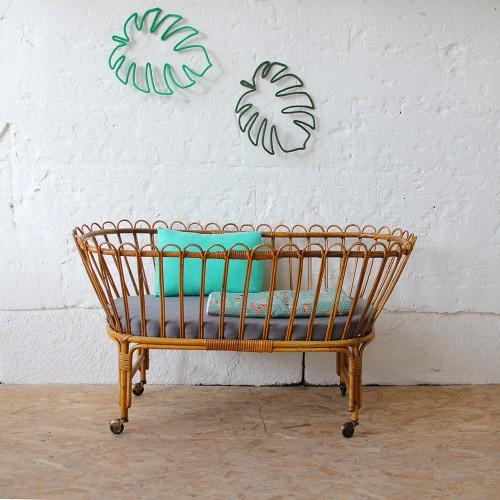 berceau-rotin-vintage-bébé-H363_a