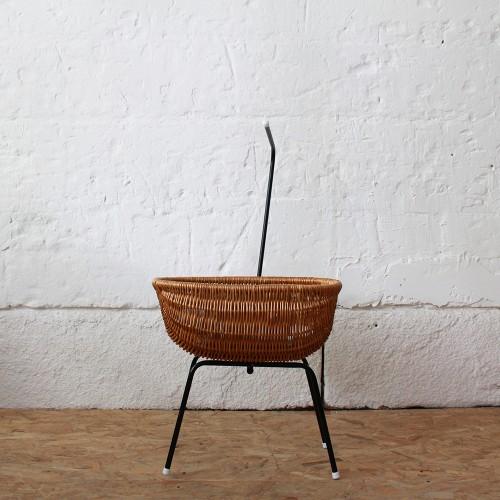 Berceau-poupee-osier-vintage-hollandais-H322_a