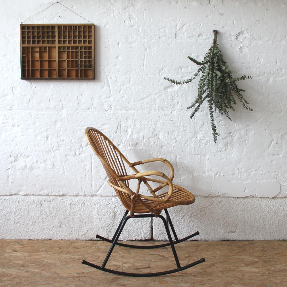 rocking chair rotin vintage coquille atelier du petit parc. Black Bedroom Furniture Sets. Home Design Ideas