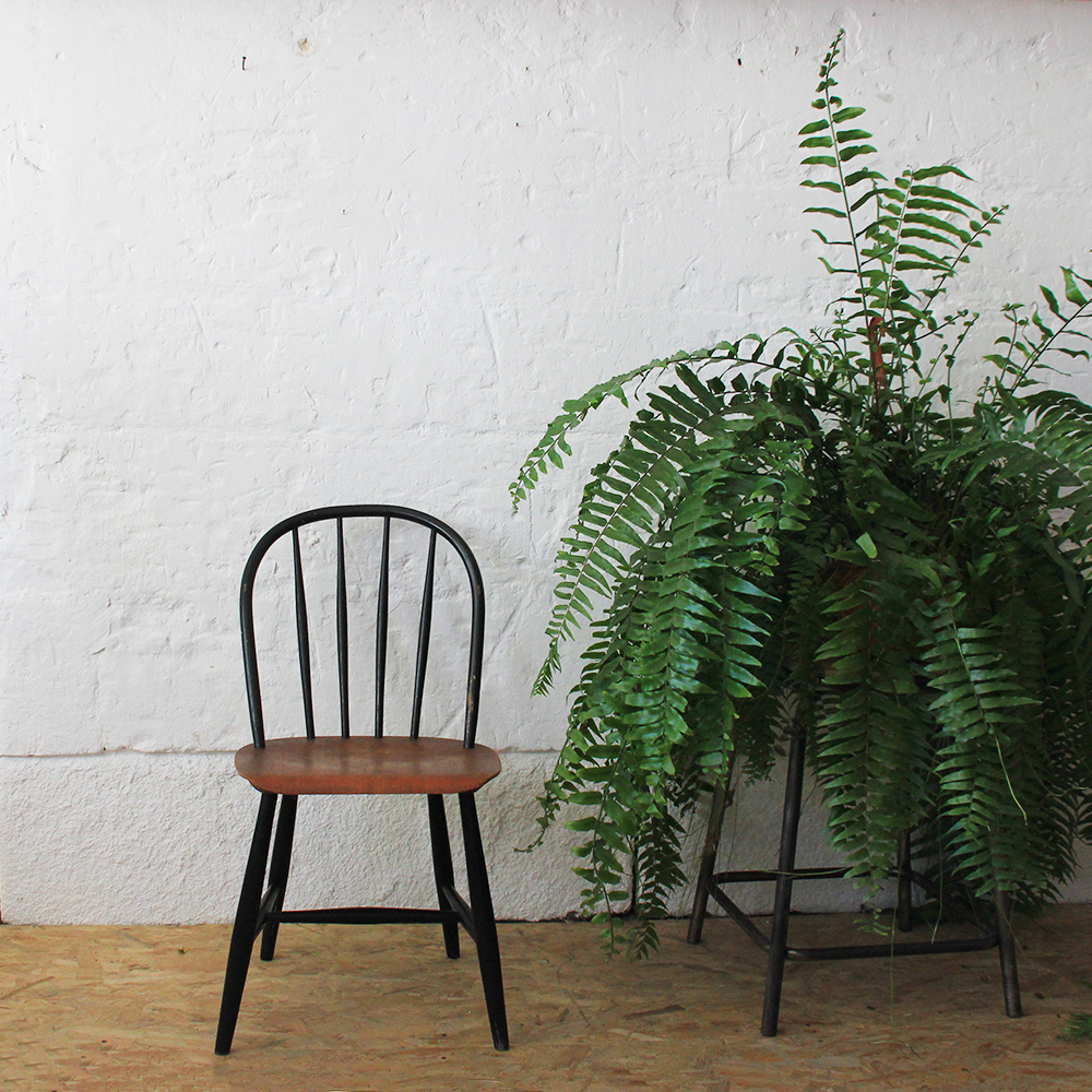 contact - Chaise Vintage Scandinave