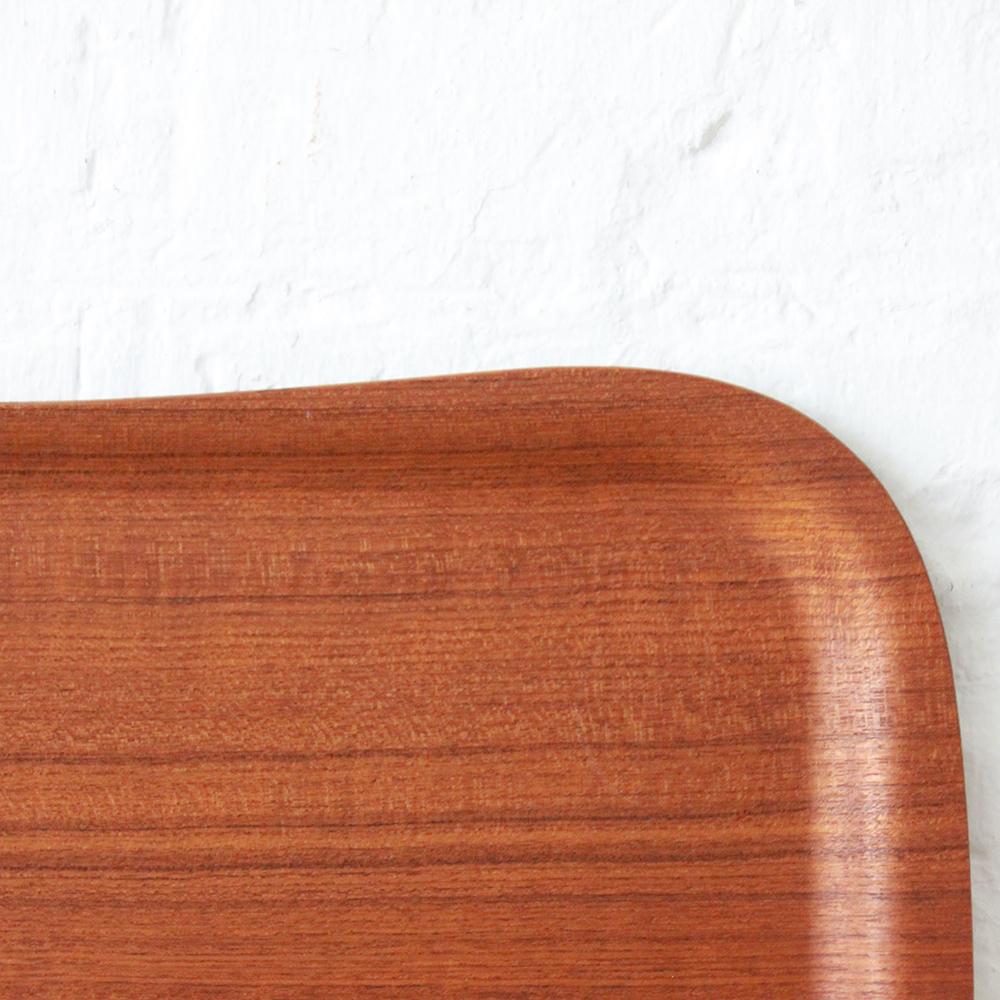 plateau en teck vintage danois atelier du petit parc. Black Bedroom Furniture Sets. Home Design Ideas